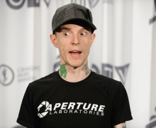 Watch This : Deadmau5 Elaborates Upon His Twitter Feuds, Skrillex And More