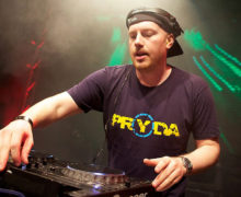 "Pryda's Massive Trance Track ""Stay With Me"" Premieres On Above & Beyond's Radio Show"