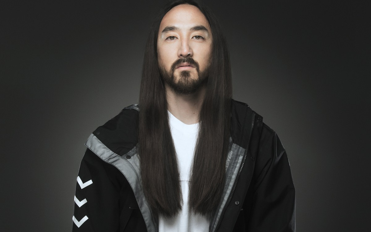 STEVE AOKI WANTS TO COLAB WITH...